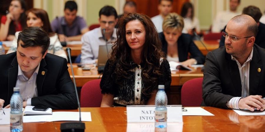 Ministerul Românilor de Pretutindeni cere urgentarea repatrierii trupurilor celor cinci români morţi în Cehia