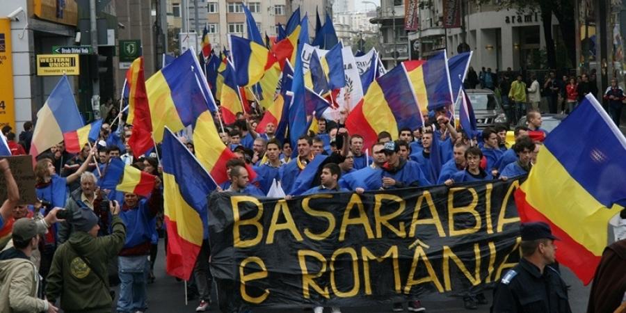 """România riscă să joace fără spectatori cu Lituania. UEFA a deschis o procedură disciplinară după meciul cu Serbia. Suporterii români sunt acuzați că au strigat """"Kosovo e Serbia"""""""