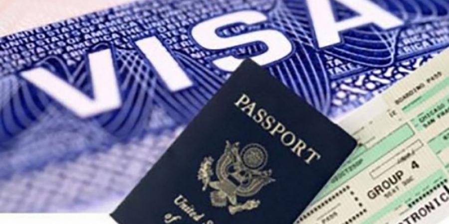 Persoanele care vor să aplice pentru viza SUA ar putea fi obligate să-și dea toate conturile de Facebook